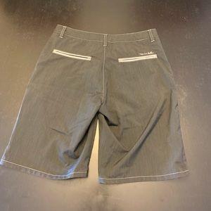 Travis Mathew golf shorts black size 30